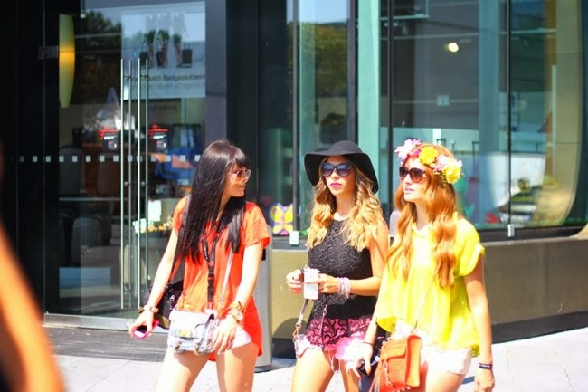 fashion girls in the city, fashionistas, blogger style