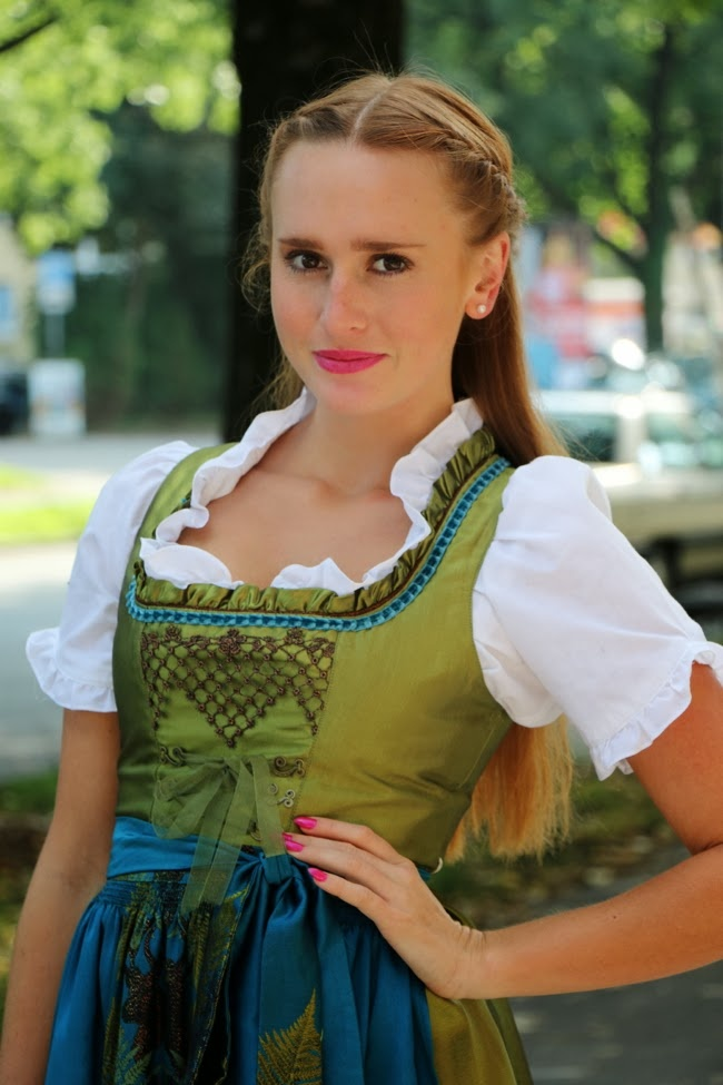 green blue dirndl label hammerschmid, girl on octoberfest munich